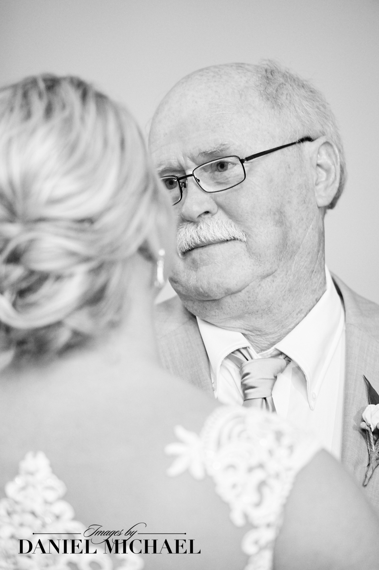 Father Daughter Wedding Photos