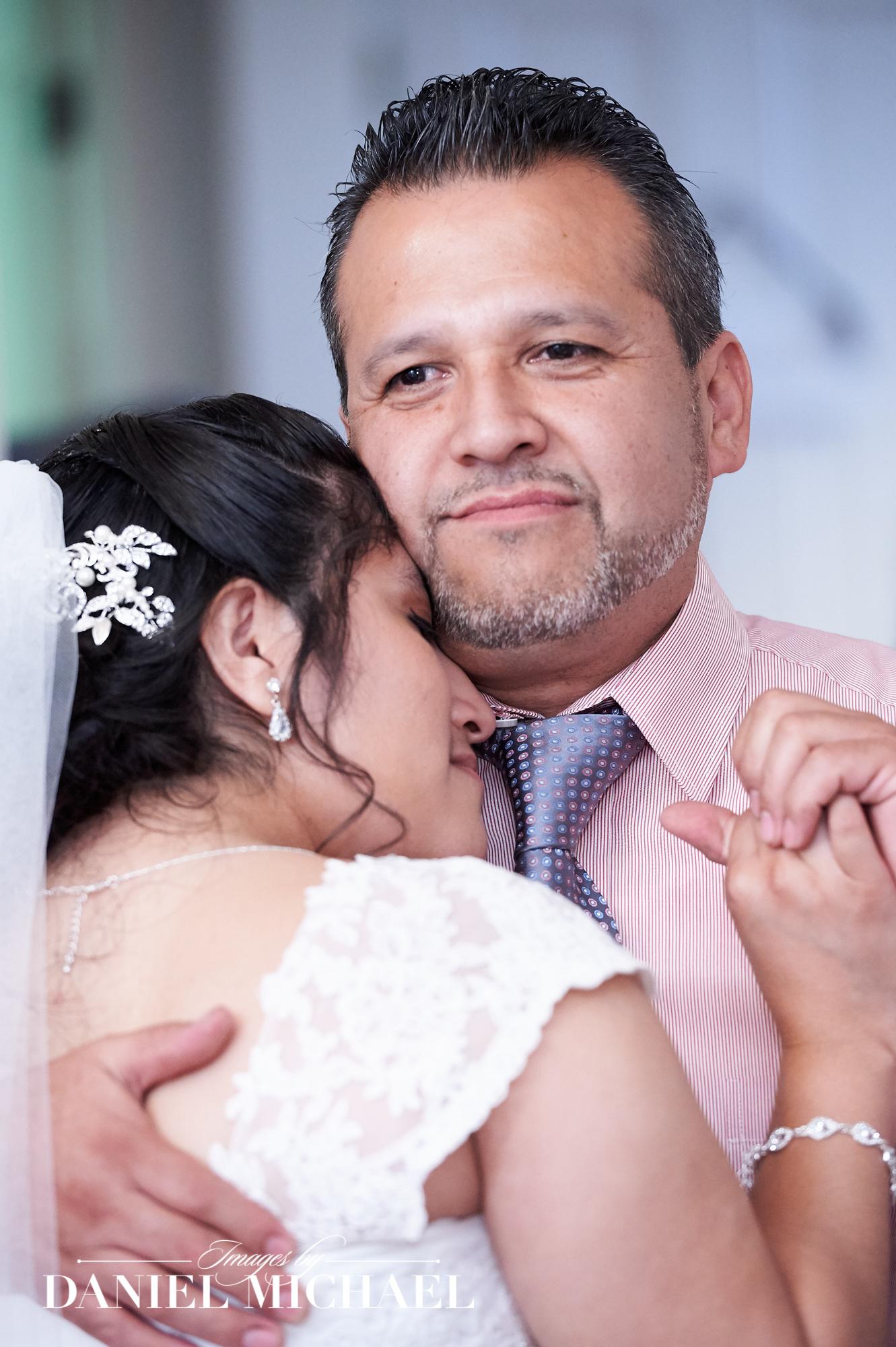 Wedding Photographer in Cincinnati, OH | Images by Daniel Michael