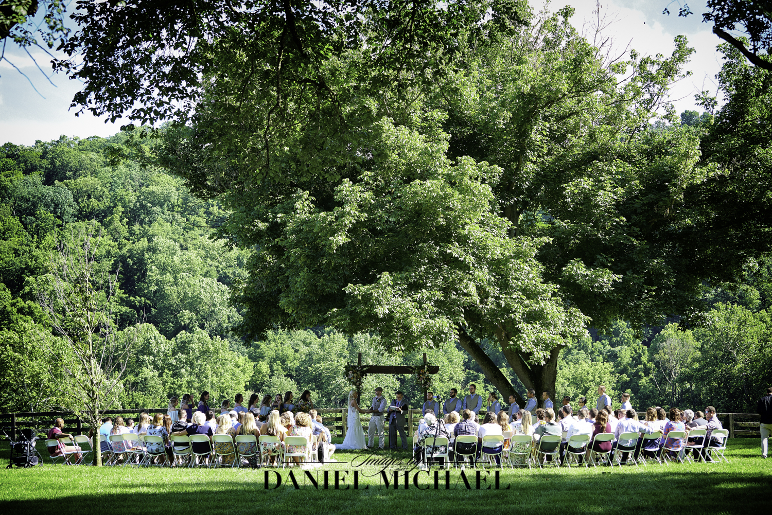 Richwood on the River Outdoor Ceremony Venue