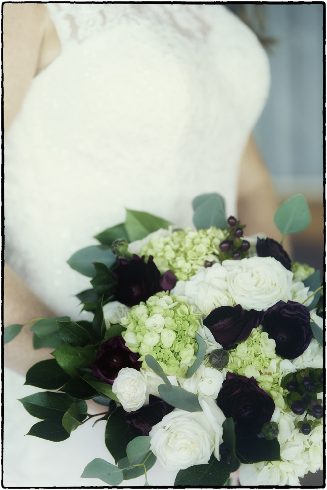 Gray Florist Wedding Photo