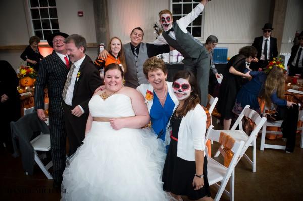 Halloween Wedding Cake Photos