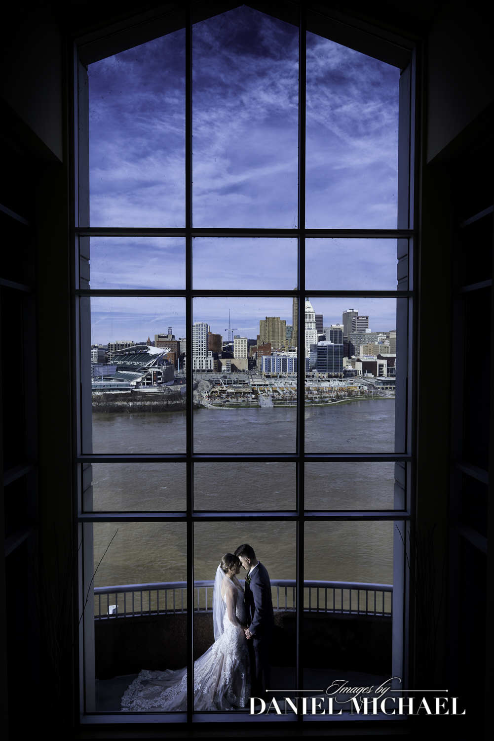 Marriott Rivercenter Wedding Photographer