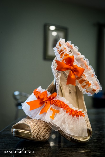 Tennessee Garter for Wedding Photography
