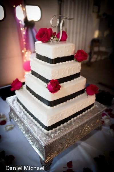 Wedding Cake Affordable Wedding Creations