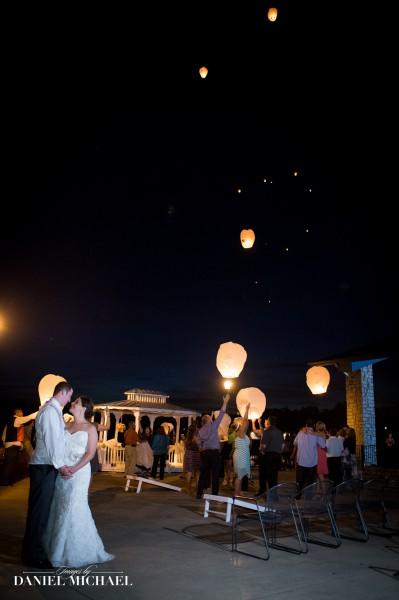 Lake Lyndsay Beach House Wedding